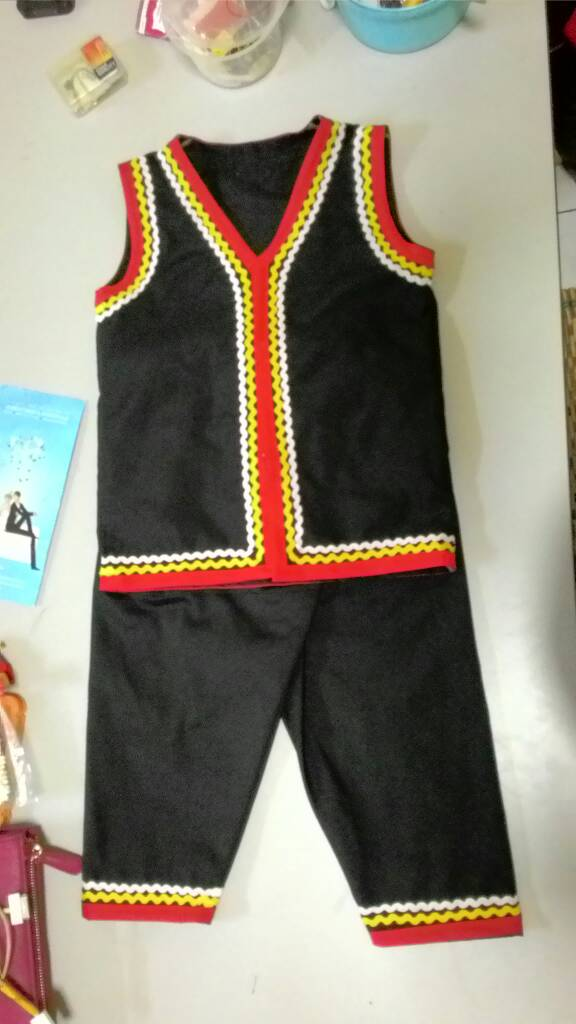 Bidayuh costume for age 3 years, fabric tenuous cotton, pant and vest,