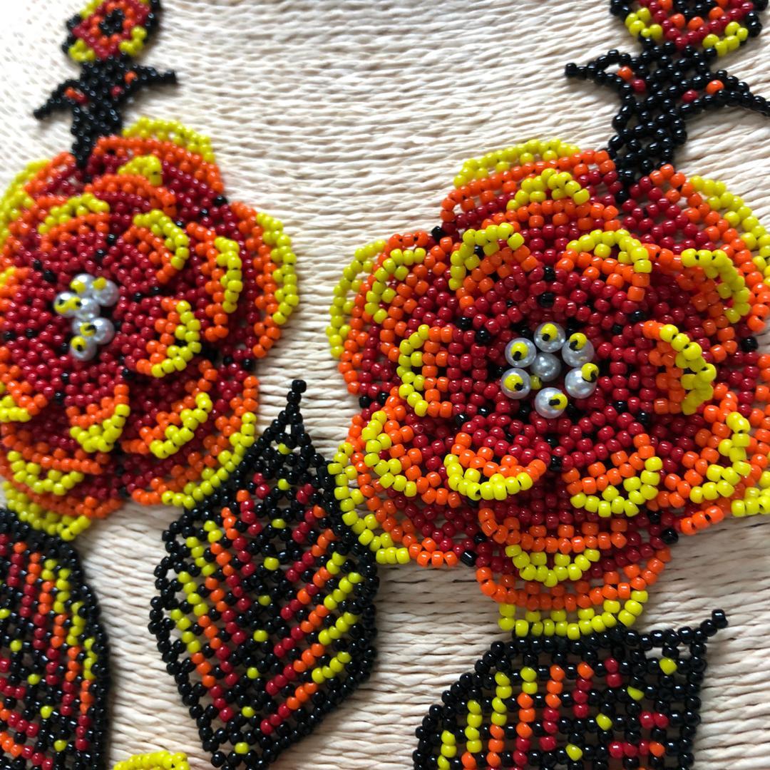 Huichol 3D Flower Necklace (Yellow/Orange)