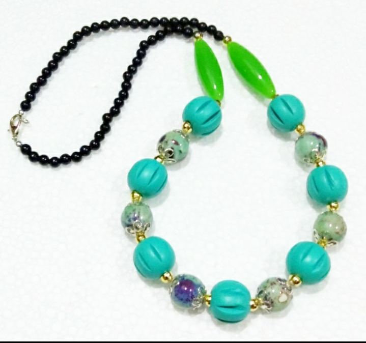 Ceramic Necklace (Mint)
