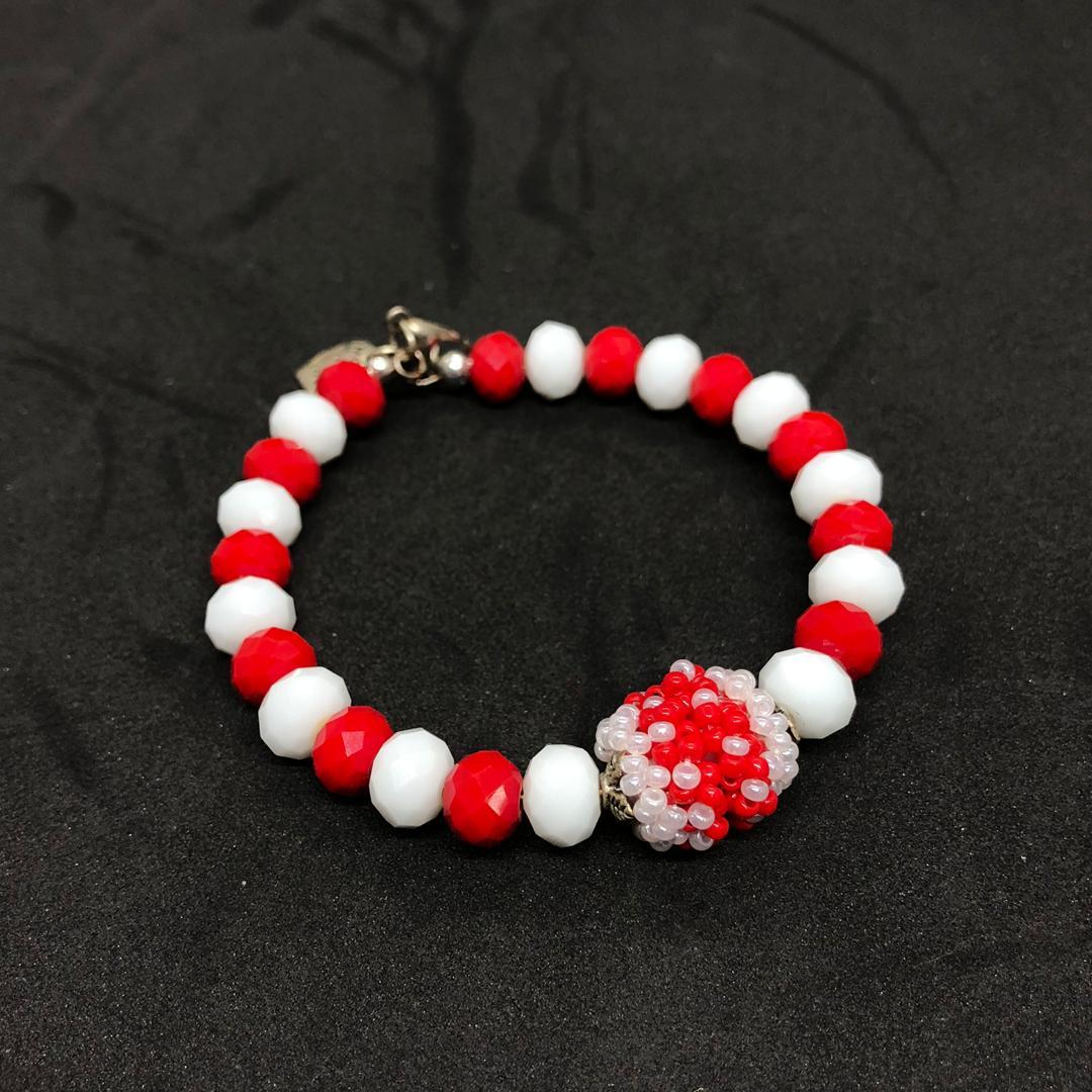 Kabo Crystal Glass Beads Bracelet