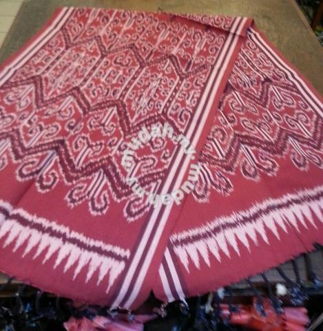 Sarawak Tradisional Dayak Pua Kumbu