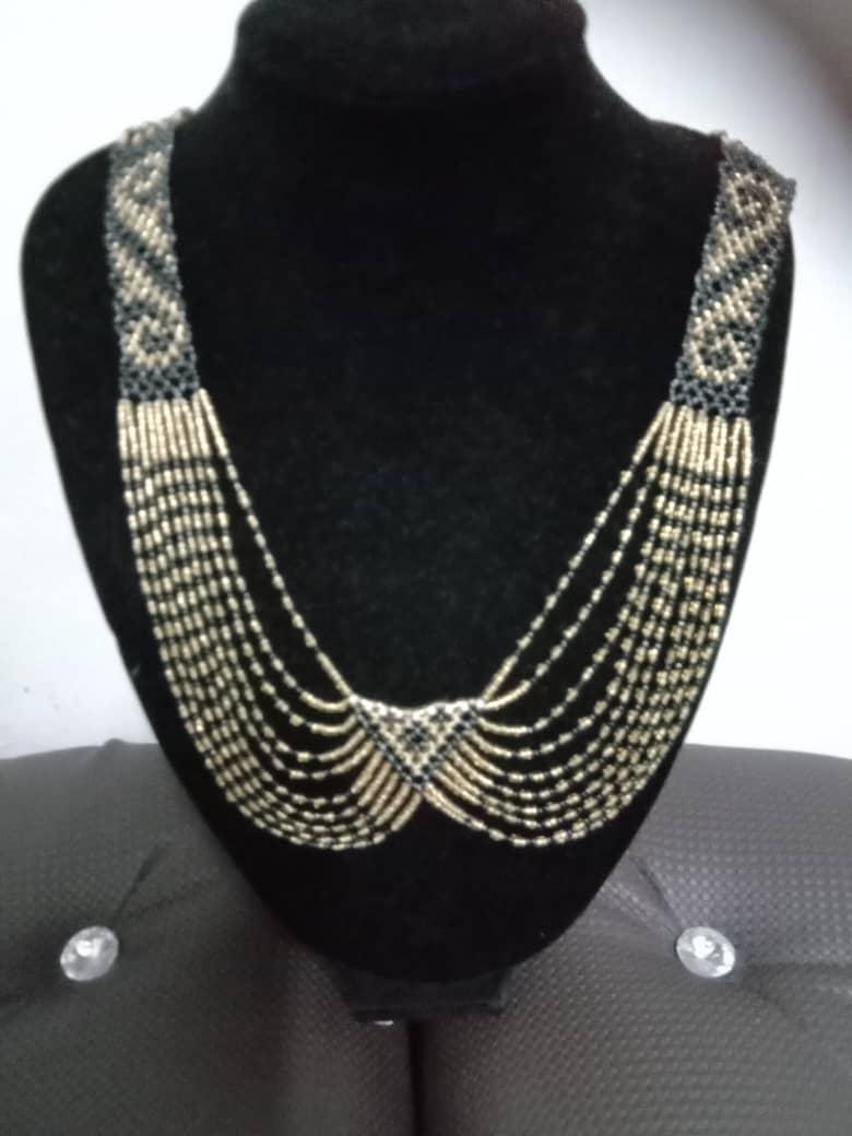 Sarawak Necklace(with shape)